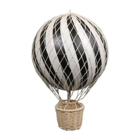 balon nad łóżeczko